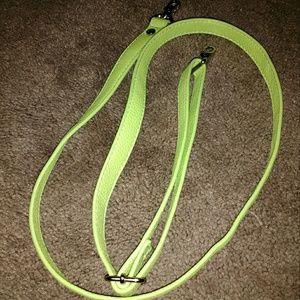 Thirty-One skinny strap